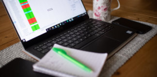 Working from home: Tips for avoiding back and neck pain