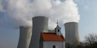Czech minister says Russia row could influence nuclear station tender